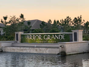 Homes for Sale in Arbor Grande Lakewood Ranch